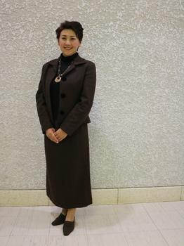 河村千文さんブログ用全身.JPG